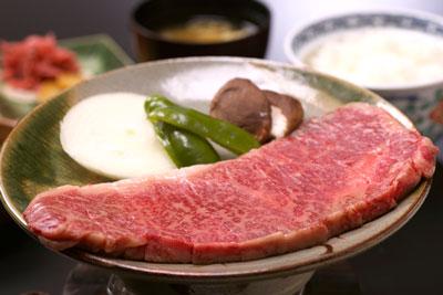飛騨牛のサーロインステーキ定食